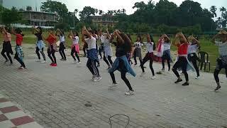 Auxilium class 8 girls dance