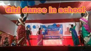 School's girls dance program on Teacher's Day