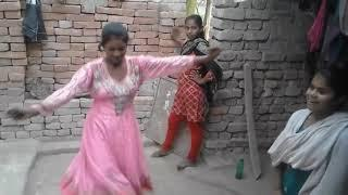 village girls dance in shadi new 2018