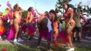 MIAMI CARNIVAL 2018 - BEAUTIFUL CARIBBEAN ISLANDS GIRLS DANCE TO SOCA MUSIC AT CARNIVAL PARADE