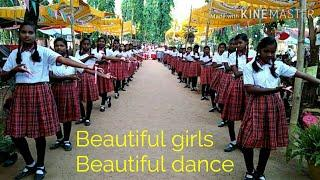 Beautiful girls, Beautiful dance