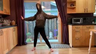 Mannequin Head Dance - Sexy from Mean Girls on Broadway