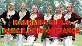 Kashmiri Girls Dance Performance on Kashmiri Songs