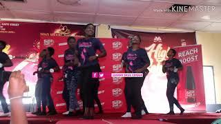 "Ghana National College Girls on Some ""mɛdi wo dwa"" levels #dance #highschool #ebonyreigns #clique"
