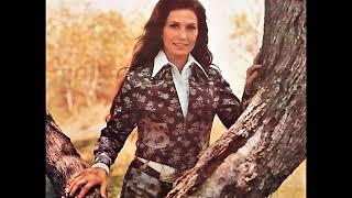 Loretta Lynn - I Gave Everything (A Girl In Love Should Never Give)