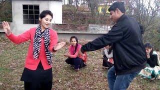 Beautiful pahari dance by boys and girls | pahari dance video | sirmouri nati |