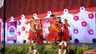 Triveni school muthangi branch folk dance perform 5th class girls,dance composed by nagarani teacher