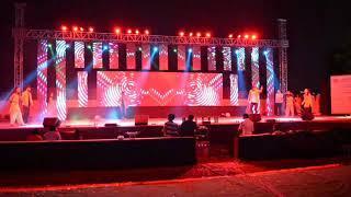 Boys and Girls Group dance|Bollywood style|Metheric Utsav 2019