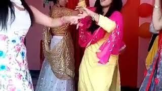 Beautiful Girls Dance In Party|| Pahadi Beat