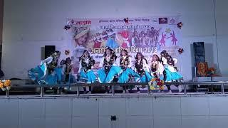 Haryanvi girls dance on Bollywood song||Maria maria