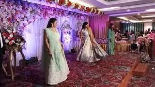 Girls dance - wedding - full