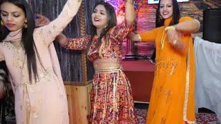 Beautiful Pahari girls Nati dance On Pahari wedding | Pahari nati dance |