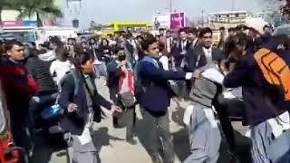 """SCHOOLS GIRLS """"GANGWAR""""  VIDEO VIRAL IN SOCIAL MEDIA"""