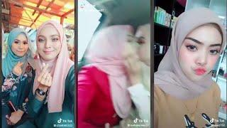 """HOT GIRLS"" Edition 1 