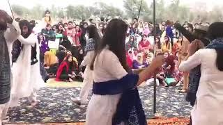 Sindhi culture girls dance at karachi university
