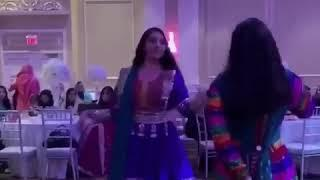Beautiful Afghan girls dance (Golpari joon)