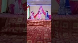 New girls dance video