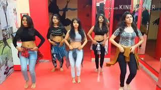 ओढनिया_ वाली_ ननदो_ hot college girls group dance - Shani Rai -के गानों पर