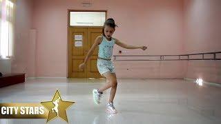 8 Years old Girl Dance Suffle ( City Stars )