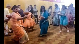 DURGA PUJA 2019    YOUNG GIRLS AND WOMEN PERFORM DHUNUCHI DANCE WITH DHAK   DURGA PUJA DHAKI DANCE