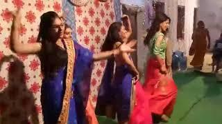 Best Friends Dance with Bridal | Ladies Sangeet Dance 2018|Girls Dance in Friend Marriage