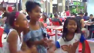 Who Wants to be a YouTube TV Celebrity ?  Little Girls Dance 4u2