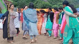 Beautiful Pahari Girls nati dance | pahari traditional dance |