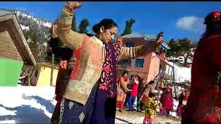 Bhaderwahi girls dance in marriage of Sonika