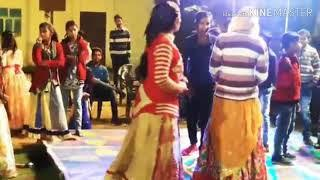 Desi dance on stage || meenawati girls dance video || desi dance || marriage group dance on stage