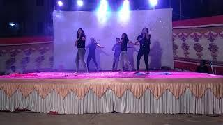 Girls group dance 2019 new years party Bollywood mix songs