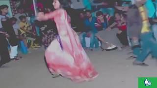 Bangladeshi Girls Awesome bangla Dance Stage
