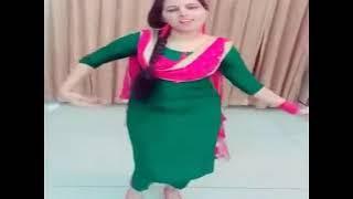 Pakistani Girl Dance In Green