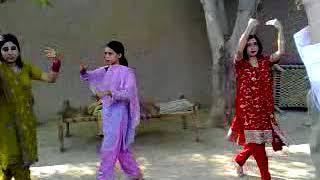 Saraiki Desi Girls Dance on Dhol