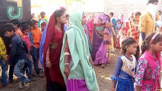 Vijay raj damor in new aadiwashi girls dance 2019 Super Hit Jodi
