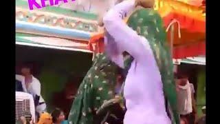असली मीना डांस ~लडकी द्वारा,, Girls meena dance ????,, latest live...