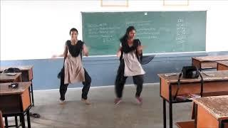 Mass Dance performance | College Girl's