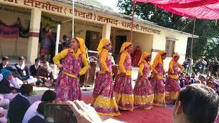School girls dancing in garhwali song