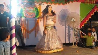 মহিলা কলেজ সুন্দরীদের কনসার্ট নাচ | College concert girls dance romance
