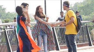 BHOJPURI SHAYARI PRANK ON DELHI GIRLS !!