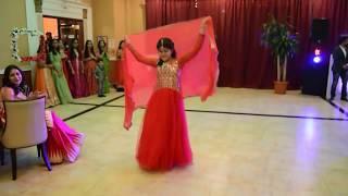 Beautiful girl dance indian wedding  performance dance {2017}