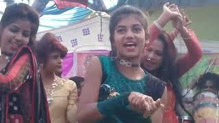 GIRLS DANCE  MARRIAGE PARTY VIDEO|| desi dance in village