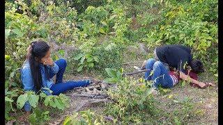 New Short film education / Hun Mono Short Movie / Two Poor girls find wood in the forest