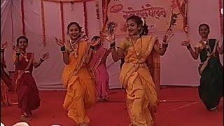 Girls dance compatition???? group dance