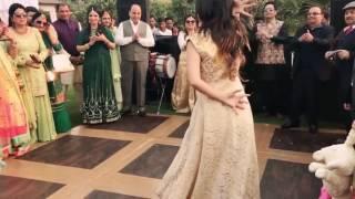 Pakistani beautiful girls Dance an Indian song laila main laila | wedding ceremony|best shadi dance