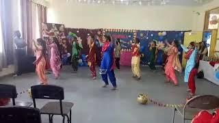 Satya  Bharti  Adarsh  Senior Secondary School Fattubhila (girls dance performance of class 12)