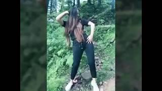 Cute girls dance performance on sapna chaudhary haryanvi songs.