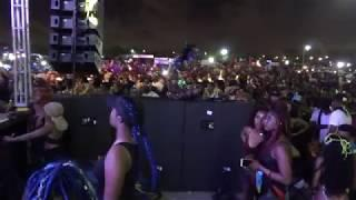 MIAMI WEST INDIAN CARNIVAL 2018 - JAMAICAN GUYANA GIRLS DANCE MAKE SPLITS AT CONCERT