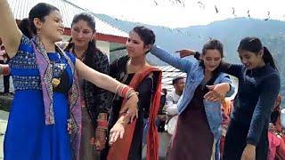 Latest himachali traditional harul dance haripurdhar || pahari girls dance|| sirmouri nati||