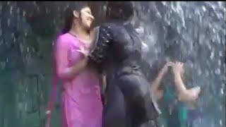 Indian sexy girls dance in raining, pani Wala sexy ladki sexy dance