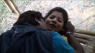 Hot desi indian girl shooting video Bhojpuri Sexy Nude girls xxx video kissing romance video